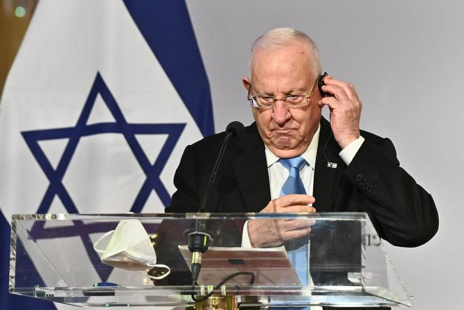 Israeli President Reuven Rivlin at a press conference on March 17.  Israel, a pioneer in anti-Covid vaccination, is the subject of a legal operation that is as media-friendly as it is fragile.