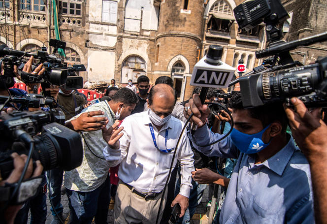 Commissioner Sachin Waze (here March 10, 2021 in Mumbai) has been dismissed from his post and is today charged with murder.