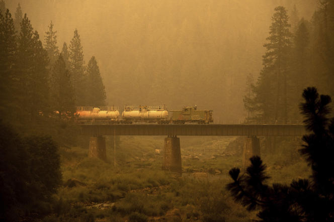 A fire train in the middle of the Dixie Fire, July 25, 2021.