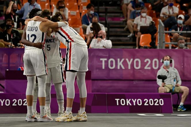French basketball players, July 28, 2021, in Tokyo.